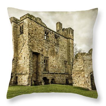 Castle Of Ashby Throw Pillow