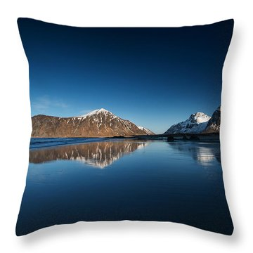 Throw Pillow featuring the photograph Catch The Next Line by Philippe Sainte-Laudy