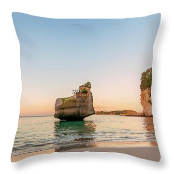 Cathedral Cove, New Zealand Throw Pillow