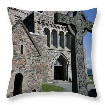Celtic Cross, Iona, Scotland Throw Pillow