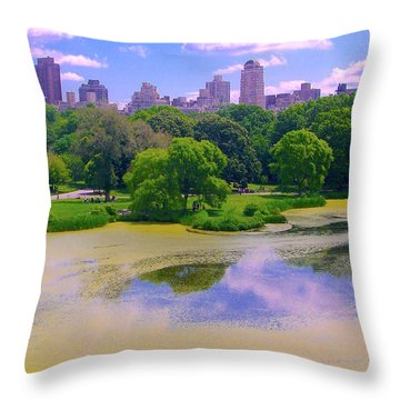 Central Park And Lake, Manhattan Ny Throw Pillow