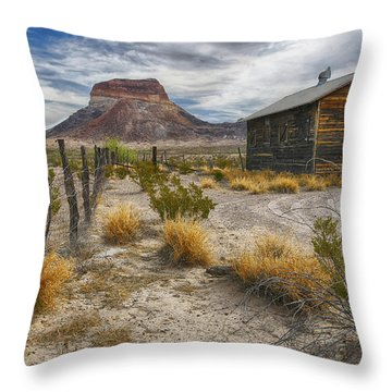 Cerro Castellan - Big Bend - Color Throw Pillow