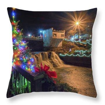 Chagrin Falls At Christmas Throw Pillow