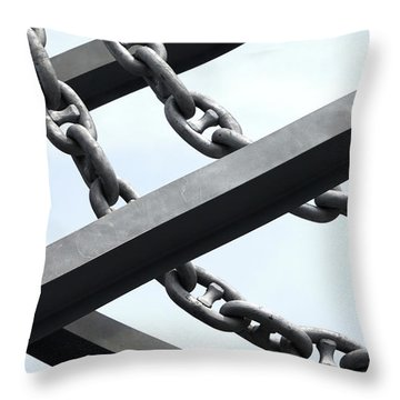 Chain Links Throw Pillow