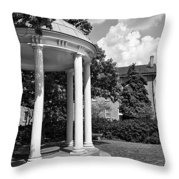 Chapel Hill Old Well In Black And White Throw Pillow