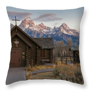 Chapel Of The Transfiguration - II Throw Pillow by Gary Lengyel