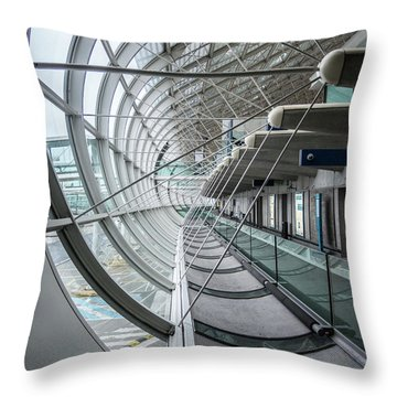 Charles De Gaulle Throw Pillow