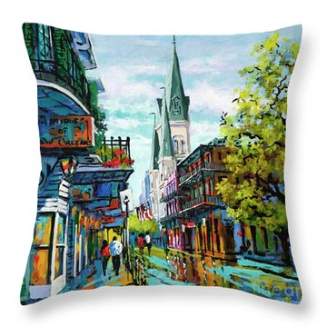 Chartres Glow Throw Pillow
