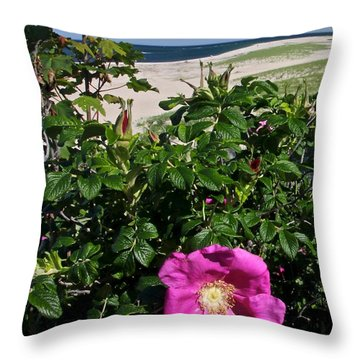 Chatham Flower Throw Pillow