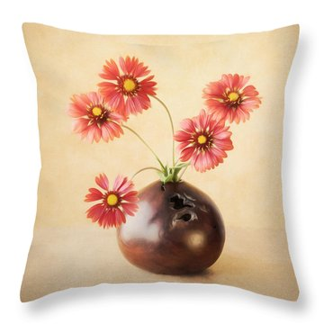 Cheerful Daisies Throw Pillow