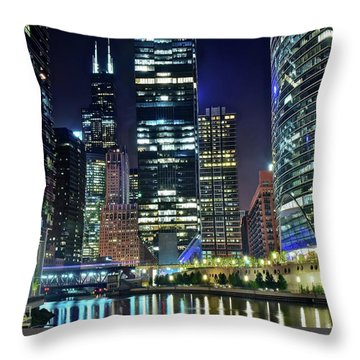 Chicago 2017 Full Moon Throw Pillow
