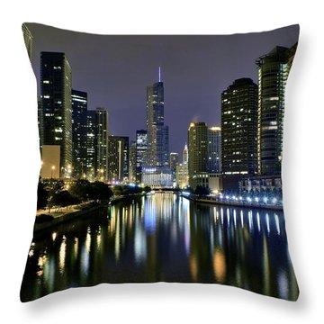 River Ill Throw Pillows