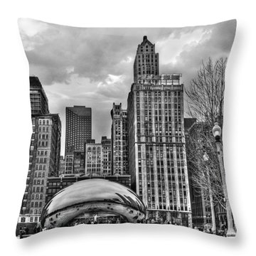 Chicago Skyline In Black And White Throw Pillow by Tammy Wetzel
