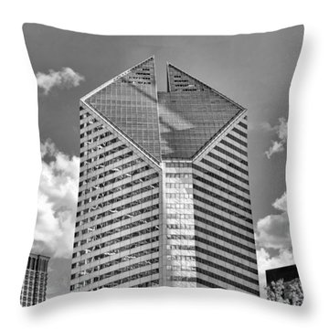 Throw Pillow featuring the photograph Chicago Smurfit-stone Building Black And White by Christopher Arndt