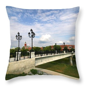 Chief John Ross Memorial Bridge Throw Pillow