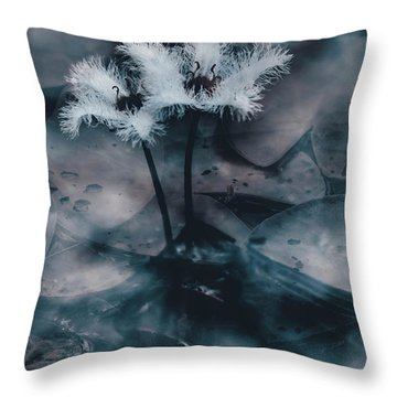 Chilling Blue Lagoon Details Throw Pillow