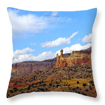 Chimney Rock Ghost Ranch New Mexico Throw Pillow