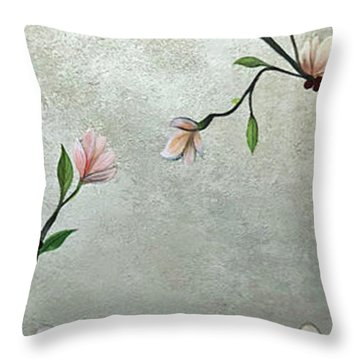 Chinoiserie - Magnolias And Birds Throw Pillow