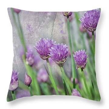 Chives In Texture Throw Pillow