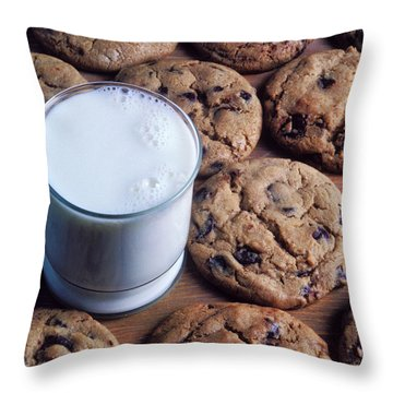 Chocolate Chip Cookies And Glass Of Milk Throw Pillow by Garry Gay