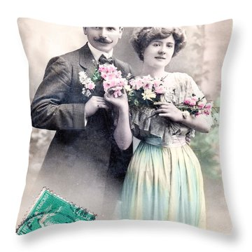 Chose Exquise Throw Pillow