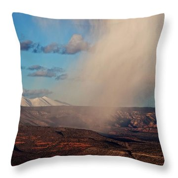 Christmas Day Snow Mix San Francisco Peaks Throw Pillow