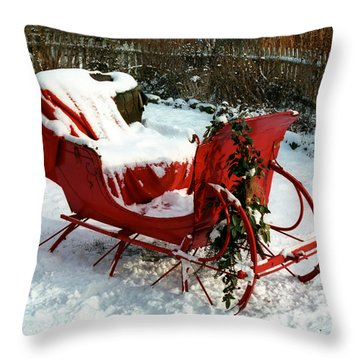 Christmas Sleigh Throw Pillow