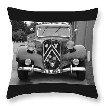 Citreon Throw Pillow