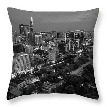 City Night 2 Throw Pillow