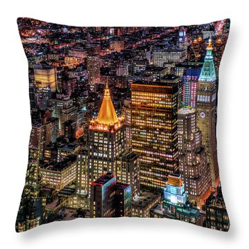 City Of Lights - Nyc Throw Pillow