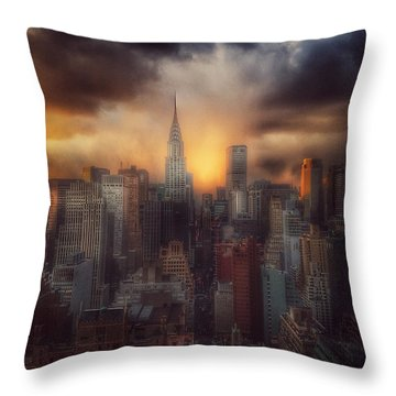 City Splendor - Sunset In New York Throw Pillow by Miriam Danar