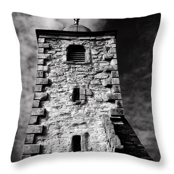 Clackmannan Tollbooth Tower Throw Pillow