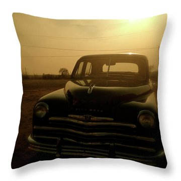 Classic America, Eight Throw Pillow