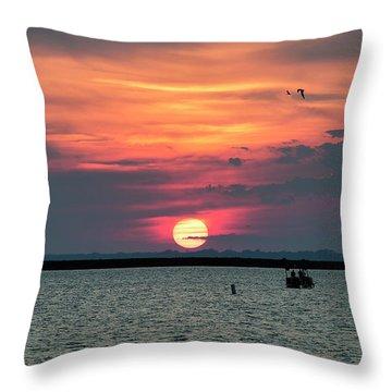 Classic Buffalo Sunset Throw Pillow