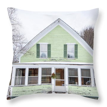 Classic New Englander Home Throw Pillow