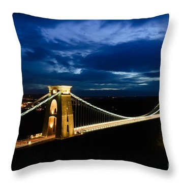 Throw Pillow featuring the photograph Clifton Suspension Bridge, Bristol. by Colin Rayner