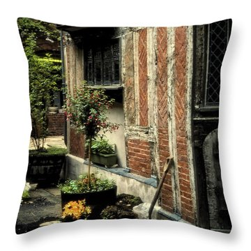 Cloister Garden - Cirencester, England Throw Pillow