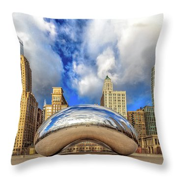 Cloud Gate @ Millenium Park Chicago Throw Pillow