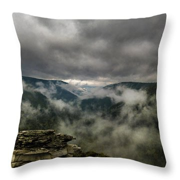 Clouds Rising At Lindy Point Throw Pillow
