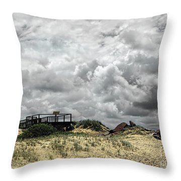 Throw Pillow featuring the photograph Cloudy Beach By Kaye Menner by Kaye Menner