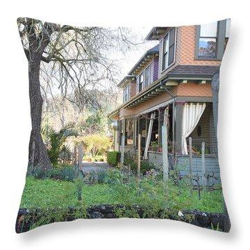 Cloverdale Casa Throw Pillow