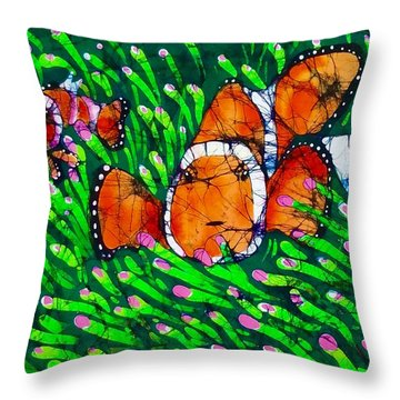 Clownfish II Throw Pillow