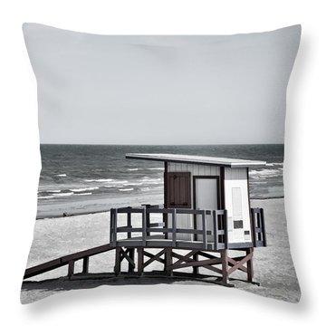 Cocoa Beach - Life Guard Shack - Florida - B/w Throw Pillow