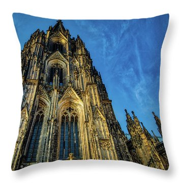 Cologne Cathedral Afternoon Throw Pillow