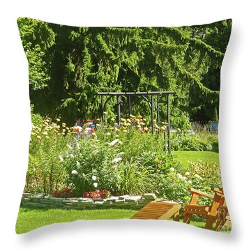Color Combination Flowers Cc84 Throw Pillow
