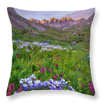 Throw Pillow featuring the photograph Colorado Sunrise - American Basin by Aaron Spong