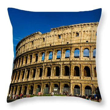 Colosseo Roma Throw Pillow