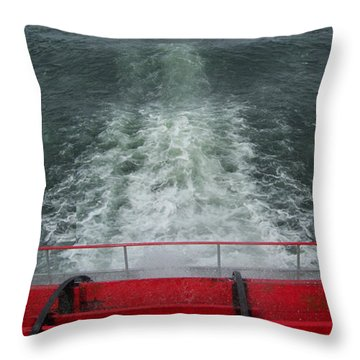 Columbia Gorge Sternwheeler Wake Throw Pillow
