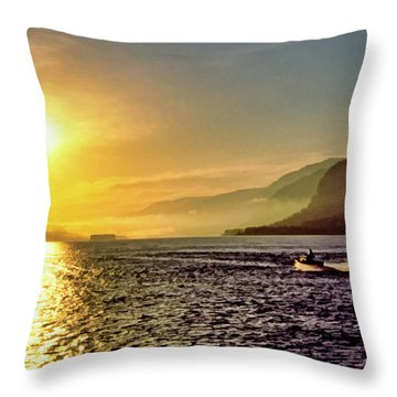 Columbia River 001 Throw Pillow by Scott McAllister