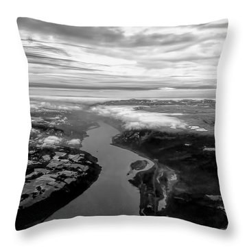 Columbia River Gorge Throw Pillow